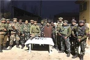 lashkar e taiba terrorist arrested from handwara