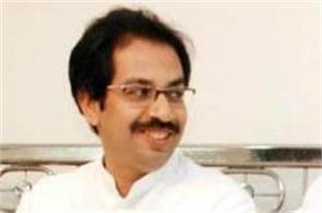 raj thackeray extended the hand of friendship to uddhav thackeray    s side