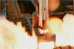 india will launch 104 satellites simultaneously today