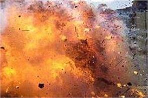suicide blast in somalia 18 dead 25 injured