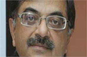 bjp leader tarun vijay shocks with racist comment