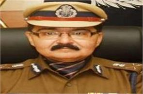 team of police officers of seven states meet bhatt