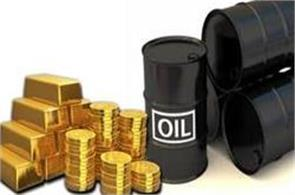 gold at 1 month high  crude oil flat
