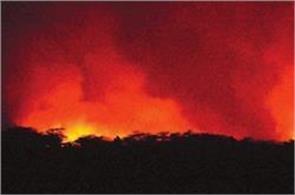 dangerous fire in sensitive area  black ash reached people