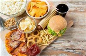 junk food will look more tax  fssai panel recommends