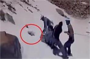 mountaineer stuck in a snow hole rescued by jawans