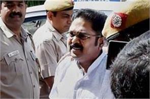 delhi  court  ttv dinakaran  bail