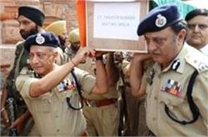 tearfull farewell to police martyrs in kashmir