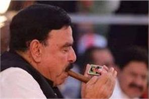 sheikh rashid has his photo on his matchbox