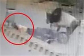 rajasthan man dead in bull fight in sriganganagar