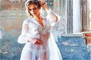 russian faces jail for bridal shoot in church