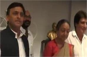 meira kumar supports mayawati and akhilesh