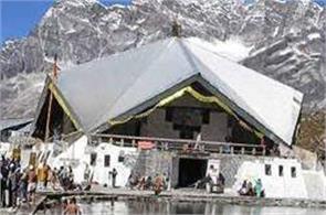 eight sikh pilgrims missing on hemkund tour