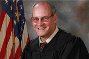 ohio judge shot in outside courthouse
