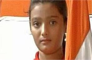 muslim girl determined to hoist flag in srinagar on raksha bandhan