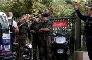 vehicle rams into french soldiers in paris suburb  6 injured