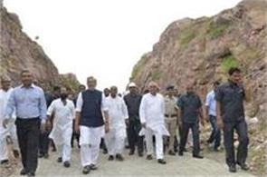 nitish appreciated the efforts of mountain man dashrath manjhi