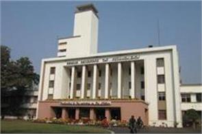 iit   participating  campus placement  students