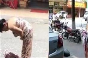 viral content woman gives birth on street picks up newborn