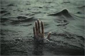 4 workers drowed in river gandak