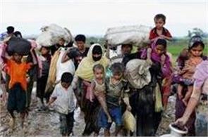 rohingya muslims flee more than 2600 houses burned in myanmar