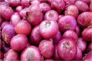 the prices of onions are gradually increasing in delhi government