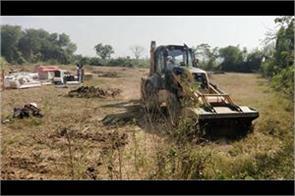 gmada removed shops from lakhnaur