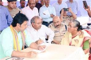 tripura cm keeps fast during janata darbar