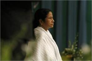 mamta govt given 28 crore on durga puja in bengal