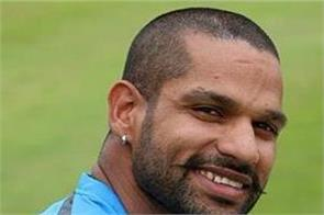 ipl  shikhar dhawan unhappy with sunrisers hyderabad likely to join mi