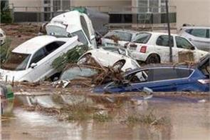 9 killed in flooding on spain s mallorca island