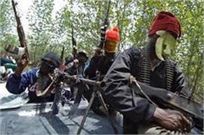 unknown gunmen abduct a man in sopore village