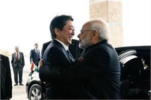modi s train journey with shinzo abe