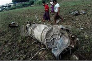 1 girl killed including two pilots in plane crash in myanmar
