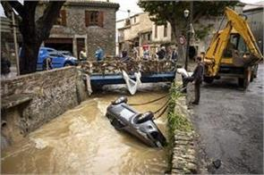 france floods 13 people die