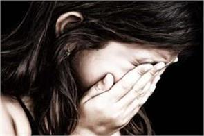 shamla in shimla city attempt to misbehave with 10 year old girl