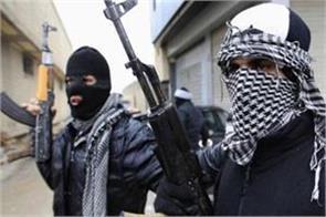 militants berserk police cops house in kashmir
