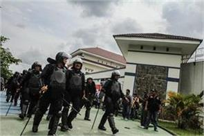 113 prisoners absconding in indonesia four arrested