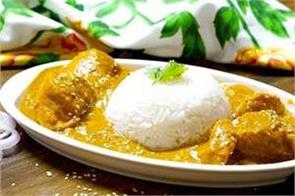 hyderabadi chicken with peanut sesame curry