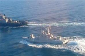 fears of war as russia seizes ukraine navy ships