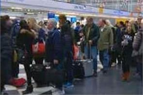 storm strands us holiday travellers more than 1 240 flights cancelled