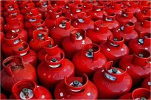lpg price hiked by over rs 2 after rise in dealers commission