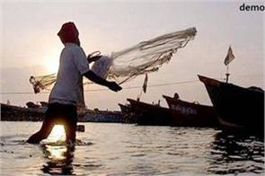 22 indian fishermen arrested on gujarat coast
