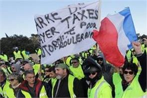 strong opposition to rising fuel tax in france one killed dozens injured