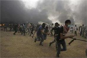 violence in gaza strip 33 palestinians injured