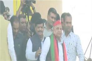 shivpal s public rally reached hauting while delivering mulayam s speech