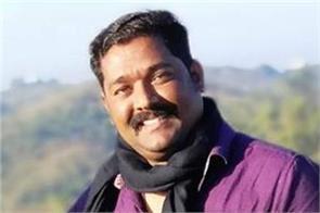 indian social worker  hangs himself at home in uae