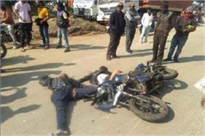 bokaro a speeding bike collided with bus 3 youths died accident