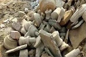 varanasi hundreds of fragmented shivling found in