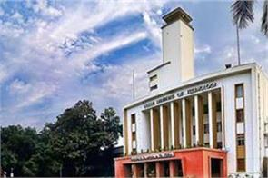 more than 400 students got job offer on the first day in iit kharagpur
